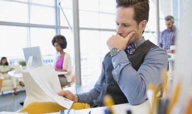 7 sai lầm sức khỏe nên tránh ở nơi làm việc