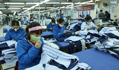 Người lao động không thể có tích lũy vì tiền lương thấp