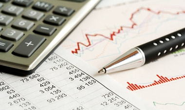 Những thuận lợi và khó khăn trong ngành kế toán