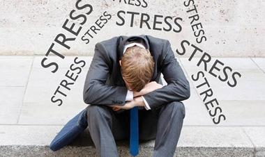 Cách vượt qua áp lực trong công việc