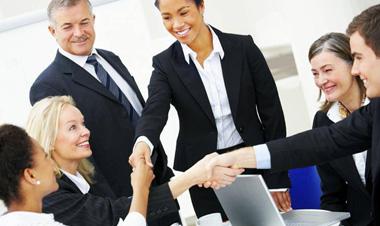 Cách xây dựng mối quan hệ xã hội để có thuận lợi trong công việc