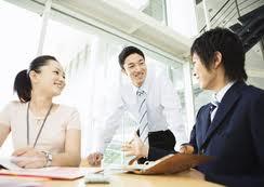 3 ghi nhớ giúp tạo thêm động lực cho nhân viên qua những lời khen ngợi