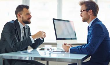 Nhà tuyển dụng mong muốn ở ứng viên điều gì?
